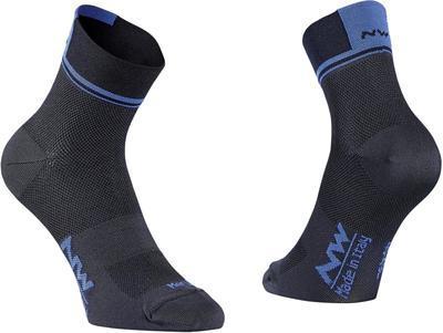 NW Ponožky Logo 2 Socks Black/Blue - L